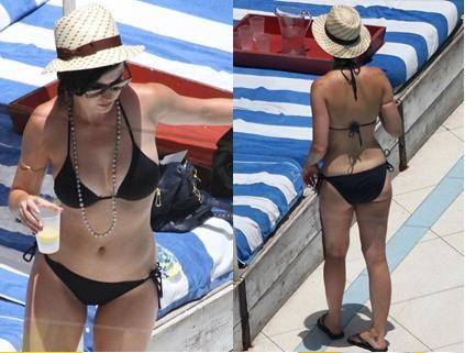 Katy Perry shows off her bikini body in Miami